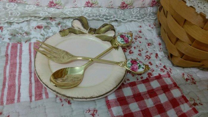 芭比日貨~~ 製 歐式宮廷風 優雅玫瑰 不鏽鋼鍍金 小湯匙 小叉子 咖啡匙 點心叉 4款