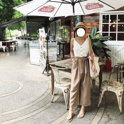 MAY_5253  韓  二色配色V領連身褲#06112802(現貨咖)