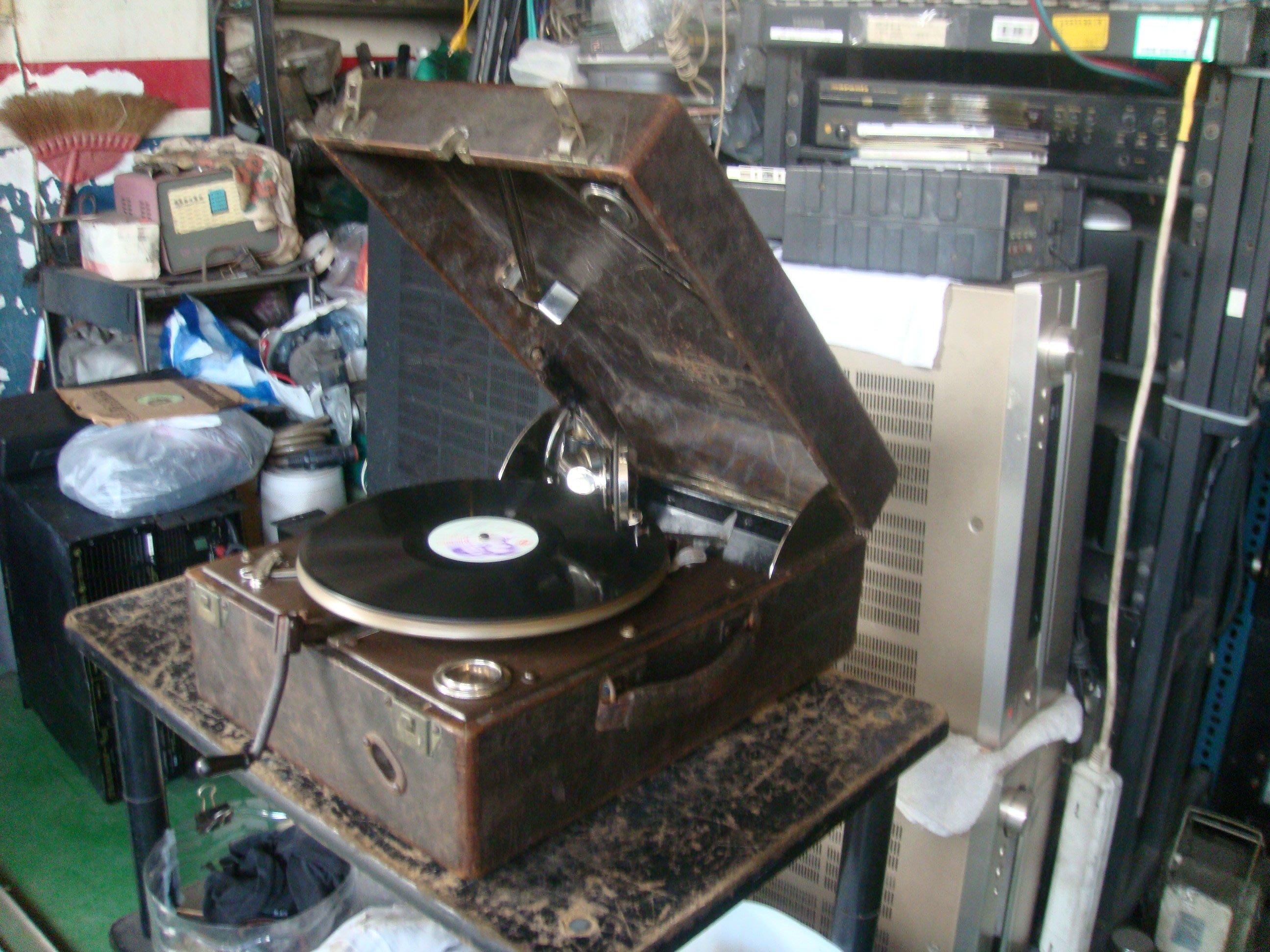 老古董哥倫比亞 MODEL-NO.211 手搖留聲機