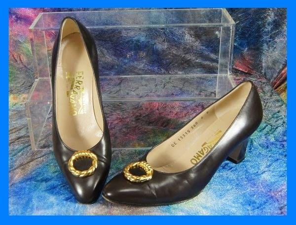 精品大師-FERRAGAMO-BANGLE深棕色牛皮高跟包鞋6B/市價15000-極新真品