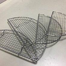 ~牛魔王餐具~特厚 豬排網  半月型不鏽鋼 170x75x15mm 某知名豬排連鎖店 款