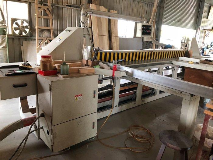木工機械 大型10尺自動裁板機 裝潢木心板 實木板 塑合板 木工高速安全裁切鋸台