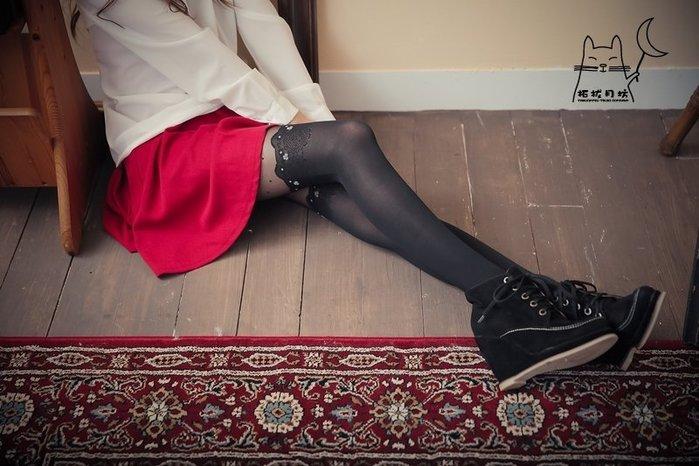 【拓拔月坊】日本品牌 Chaton Moe 反白立體小花 點點 假膝上 褲襪 日本製~現貨!