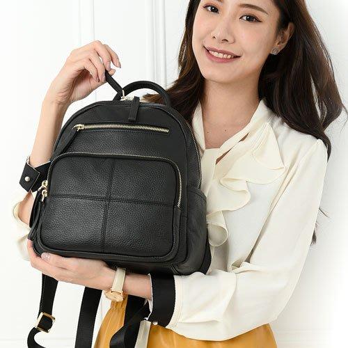 【手感的秀】韓國頭層摔紋小牛皮佛倫斯防盜十字後背包(時髦黑)