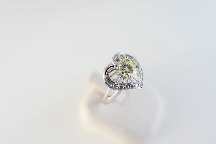 [吉宏精品交流中心]58分 南非天然鑽石 心形 白K金 造型 戒指