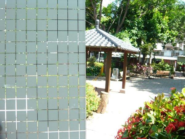 (HF居家隔熱紙) 方格系列 玻璃貼紙 防水窗貼 落地窗 浴室乾溼分離  室內設計 玻璃櫃櫥窗