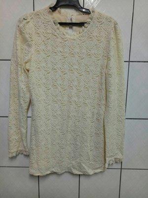 (愛莎&嵐) MOMA 輕奢華時尚品牌 長袖米白色蕾絲上衣/40 1070310