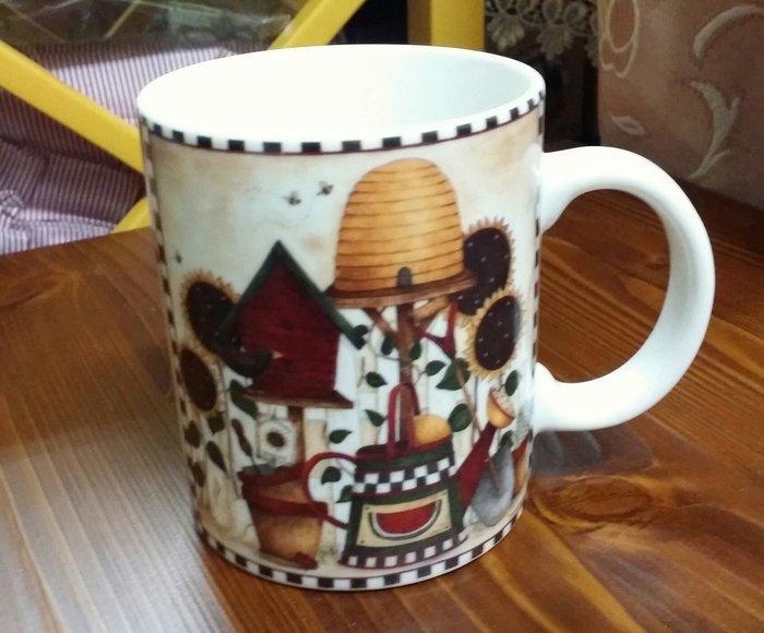 美生活館 -- 全新 鄉村風 新骨瓷 女孩 蜜蜂 熊 高跟鞋 咖啡杯 馬克杯 水杯 果汁杯 飲料 花茶咖啡杯-5