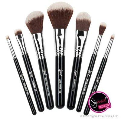 【愛來客】☆美國Sigma官方授權經銷商☆Travel Kit -MAKE ME兔子先生旅行組便攜款7件化妝刷組+刷筒