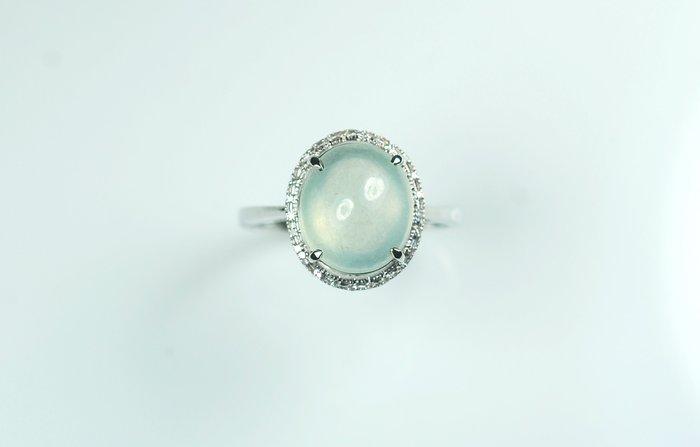 【玉人不俗】翡翠~18K金~鑲鑽~玻璃種蛋面~~10.5MM~戒指~『A貨』~