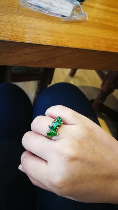 訂做的綠寶石純銅戒指 (彈性戒圍)