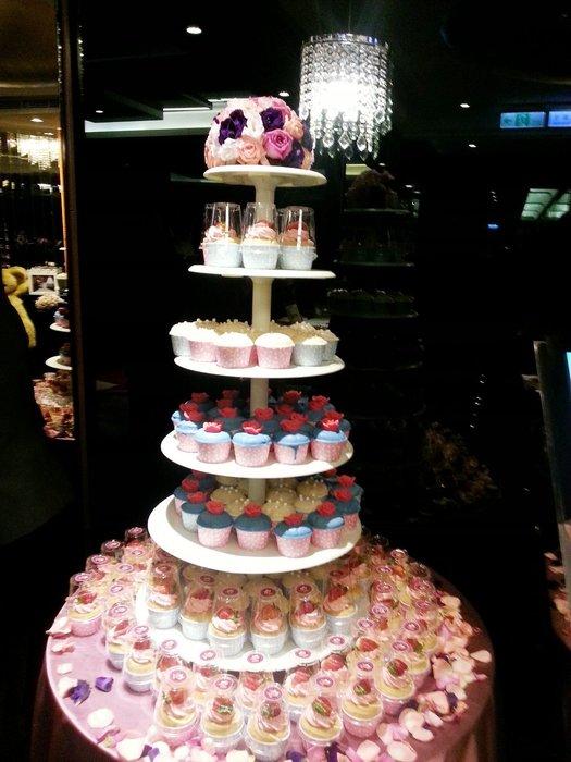 娃娃烘焙小屋 花球婚禮杯子蛋糕塔降價促銷商品