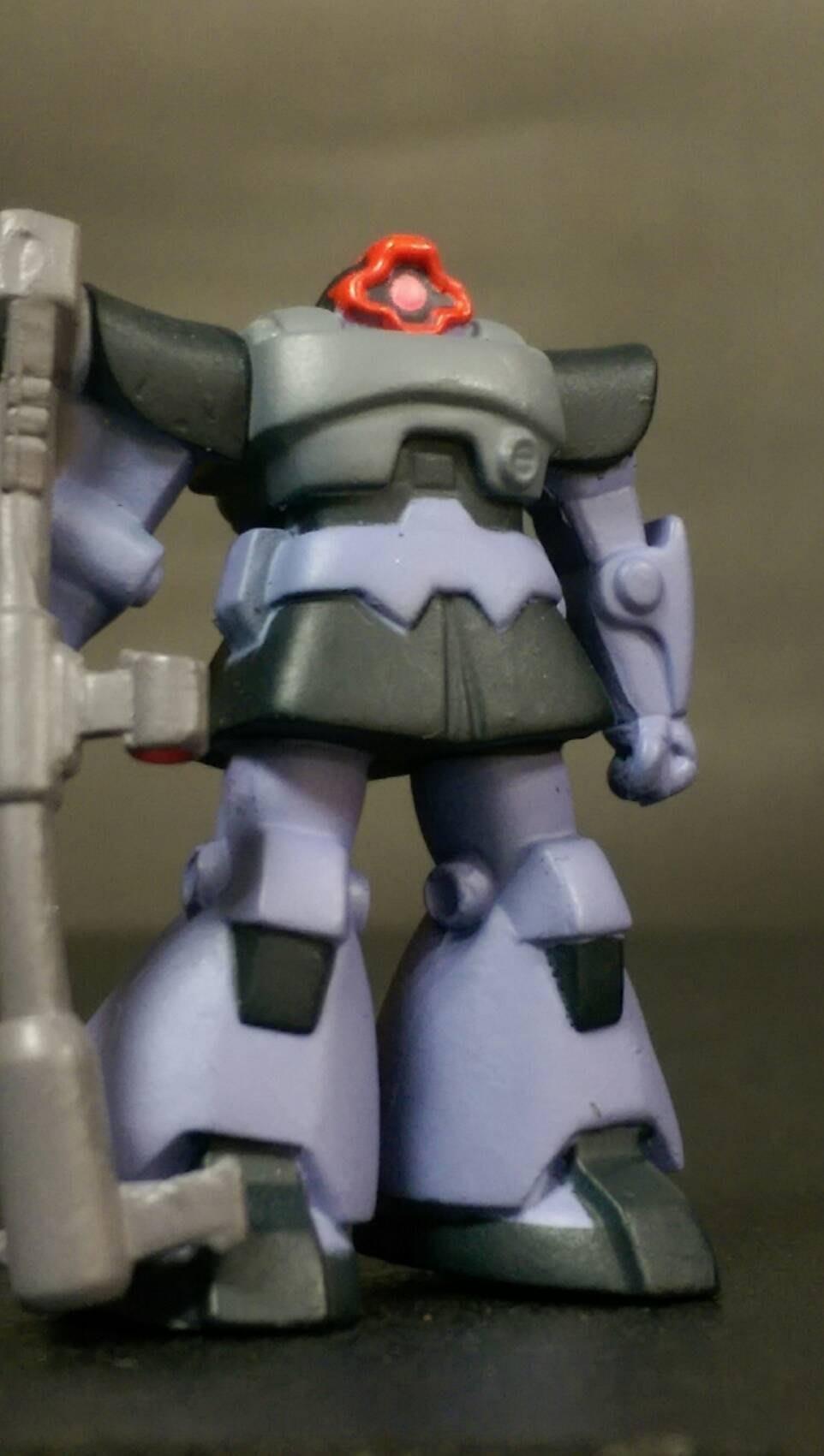 D-14 櫃 現狀品 : HG GUNDAM 鋼彈 ZAKU MS-06R 薩克 黑色三聯星德姆 天富玩具店
