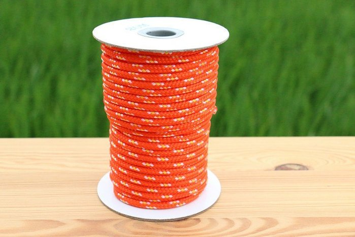 神莫多賣-螢光營繩、露營固定繩、綁繩。直徑 5mm ,長度20公尺。另有彈性繩