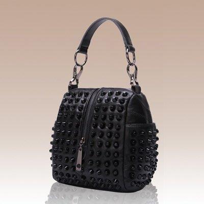 手提 包 真皮 肩背 包-歐美時尚個性鉚釘女包包73se1[獨家進口][米蘭精品]