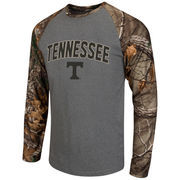 Men's Colosseum Heathered Gray/Realtree Camo Tennessee Volunteers Break Action Long Sleeve Raglan T-Shirt