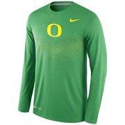 Men's Nike Green Oregon Ducks 2015 Sideline Dri-FIT Legend Long Sleeve Performance T-Shirt
