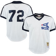 Men's Mitchell & Ness Carlton Fisk White Chicago White Sox Cooperstown Mesh Batting Practice Jersey