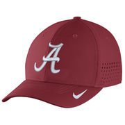 Men's Nike Crimson Alabama Crimson Tide Sideline Vapor Coaches Performance Flex Hat