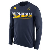 Men's Brand Jordan Navy Michigan Wolverines 2016 Staff Sideline Legend Dri-FIT Long Sleeve T-Shirt
