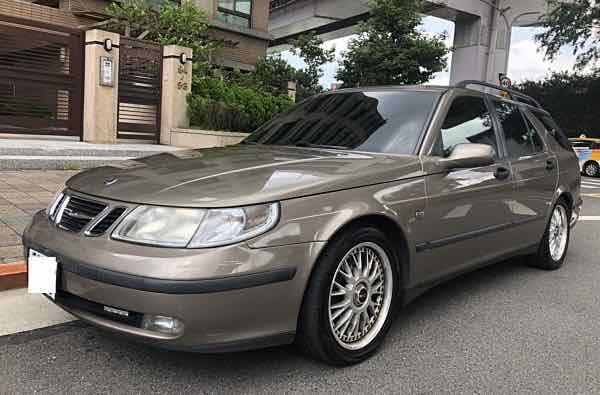 自售 2004 Saab 紳寶 五門旅行車