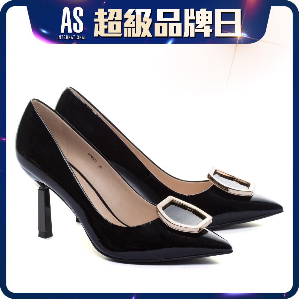 六角釦飾漆皮高跟鞋
