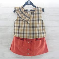 格紋荷葉無袖背心+雙口袋梭織紅褲裙
