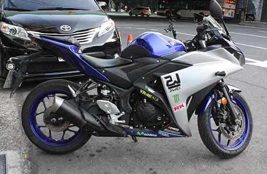 2015年 YAMAHA R3 ABS 經典藍