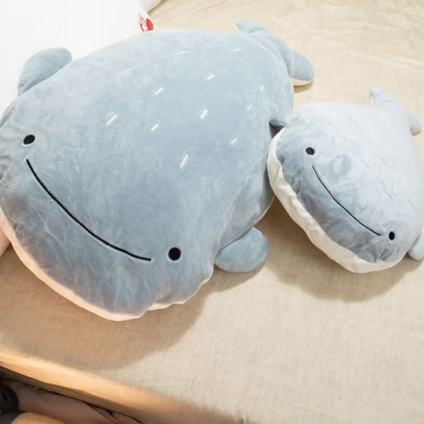 動物好朋友抱枕 大鯨魚