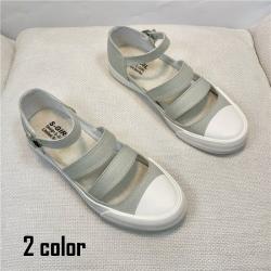 透氣鏤空低跟涼鞋2色可選