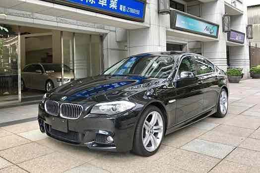 日規 2010年式BMW F10 535i M版