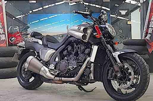 2013 Yamaha V-Max 17 歐規大魔