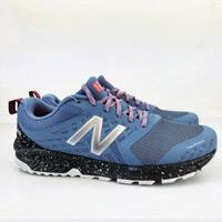 NEW BALANCE WTNTRRR1輕量慢跑鞋
