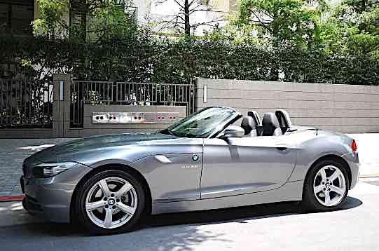 總代理 2011年 BMW Z4 23i 僅跑3萬