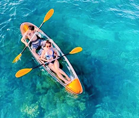 透明獨木舟欣賞海底世界