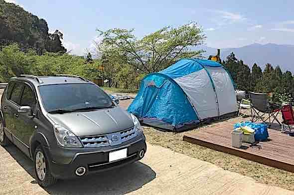 真實自售 2012 日產 Nissan Livina