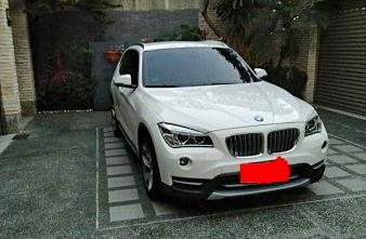 2013 自售BMW X1 保持像新的一樣ㄡ