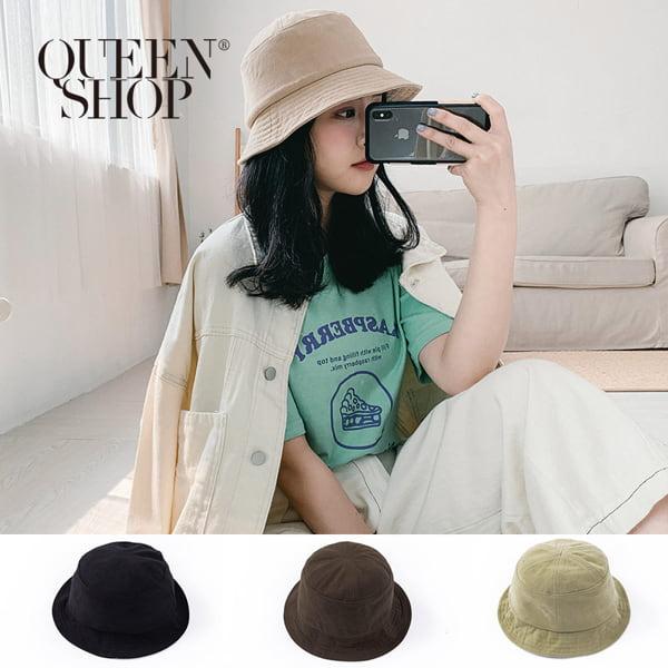 Queen Shop休閒素色打褶造型圓頂漁夫帽