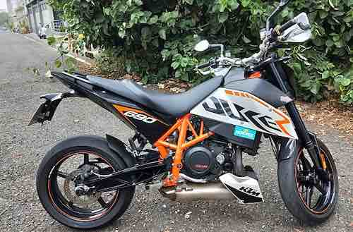 一手車自售KTM690 DUKE R 選配精品