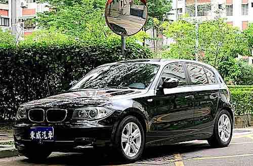 2010 BMW 118i 只跑七萬 總代理 黑