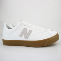 NEW BALANCE 膠底復古運動鞋