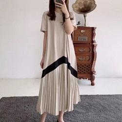 設計款百褶拼接寬鬆連身裙