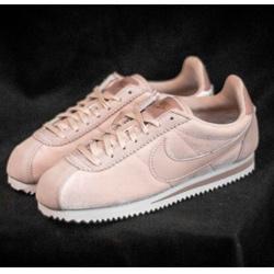 Nike金絲絨阿甘鞋