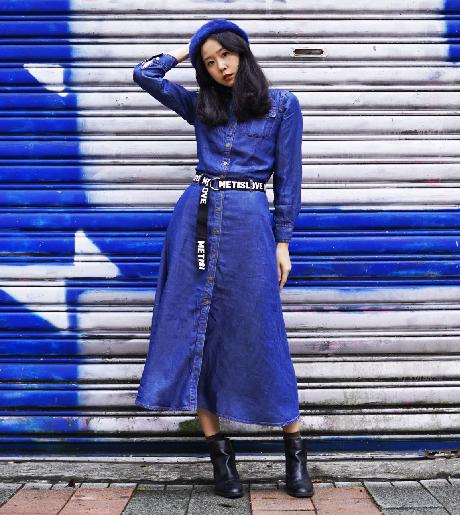 OUWEY歐薇 萊賽爾纖維繫腰帶長版牛仔洋裝(藍)