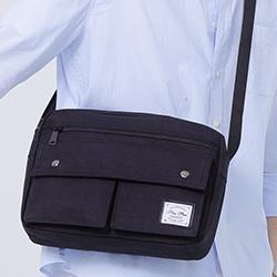 大容量側背包推薦