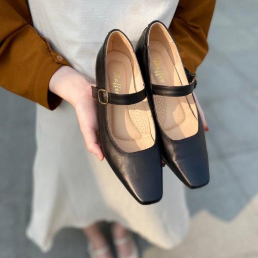 軟牛皮防磨低跟方頭鞋