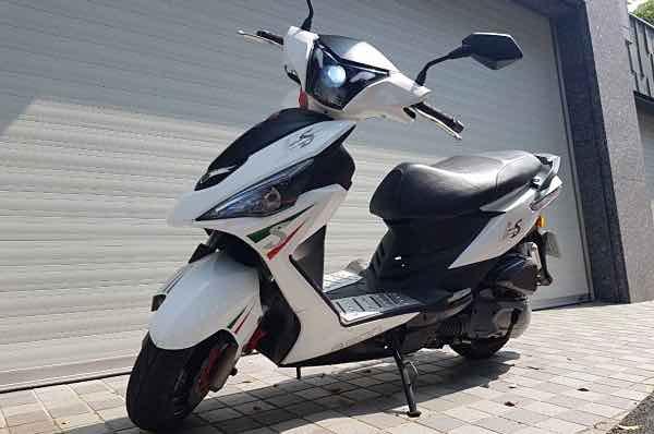 宏佳騰ES-150 純跑1萬