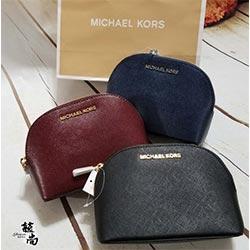 MICHAEL KORS 小貝殼造型手拿包