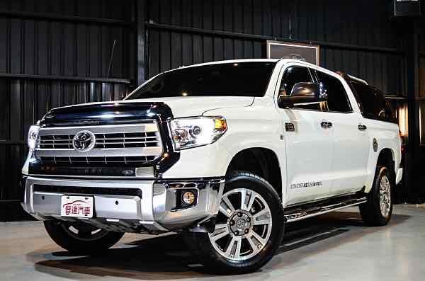 2015 Tundra 5.7 V8 全尺寸貨卡