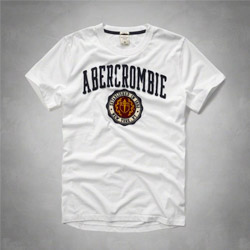 A&F 徽章款短袖T恤破盤價